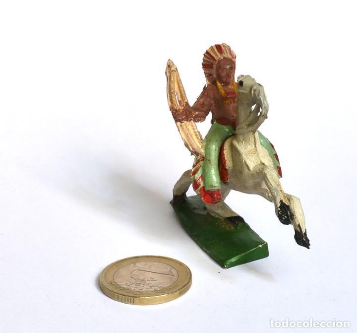 Figuras de Goma y PVC: Indio con arco a caballo Arcla Capell ó Lafredo, en goma, circa 1950. - Foto 3 - 220761320