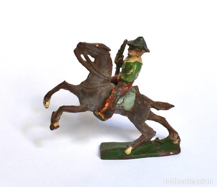COWBOY CON RIFLE A CABALLO ARCLA CAPELL Ó LAFREDO, EN GOMA, CIRCA 1950. (Juguetes - Figuras de Goma y Pvc - Capell)