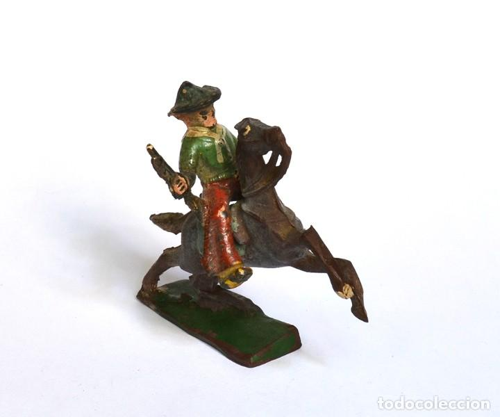 Figuras de Goma y PVC: Cowboy con rifle a caballo Arcla Capell ó Lafredo, en goma, circa 1950. - Foto 3 - 220761785