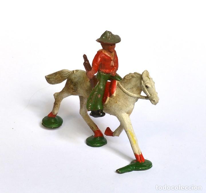 Figuras de Goma y PVC: Cowboy con rifle a caballo Arcla Capell ó Lafredo, en goma, circa 1950. - Foto 2 - 220761912