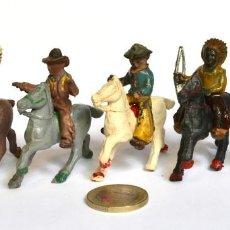 Figuras de Goma y PVC: LOTE DE 5 CABALLOS, 2 COWBOYS Y DOS INDIOS, LAFREDO, ARCLA CAPELL, GOMA Y BAQUELITA, CIRCA 1950.. Lote 220762800