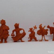 Figuras de Borracha e PVC: LOTE FIGURAS DUNKIN ROBIN HOOD DISNEY BONUX. Lote 220879672