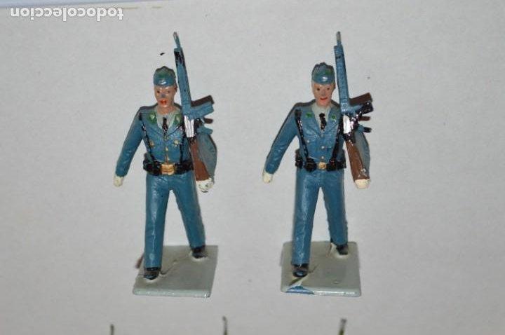 Figuras de Goma y PVC: SOLDADOS VARIADOS - Antiguo/vintage - 17 Soldados desfilando - REAMSA y GOMARSA - ¡Mira fotos! - Foto 3 - 220868550