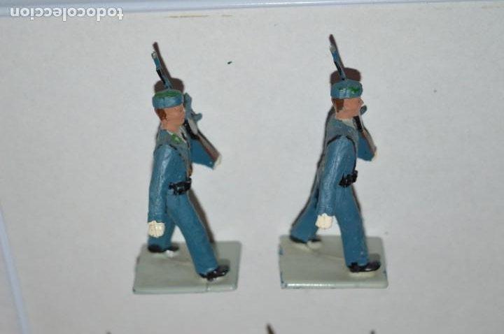 Figuras de Goma y PVC: SOLDADOS VARIADOS - Antiguo/vintage - 17 Soldados desfilando - REAMSA y GOMARSA - ¡Mira fotos! - Foto 4 - 220868550