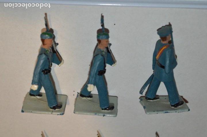 Figuras de Goma y PVC: SOLDADOS VARIADOS - Antiguo/vintage - 17 Soldados desfilando - REAMSA y GOMARSA - ¡Mira fotos! - Foto 10 - 220868550