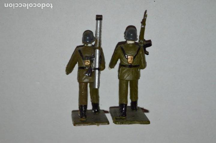 Figuras de Goma y PVC: SOLDADOS VARIADOS - Antiguo/vintage - 17 Soldados desfilando - REAMSA y GOMARSA - ¡Mira fotos! - Foto 23 - 220868550
