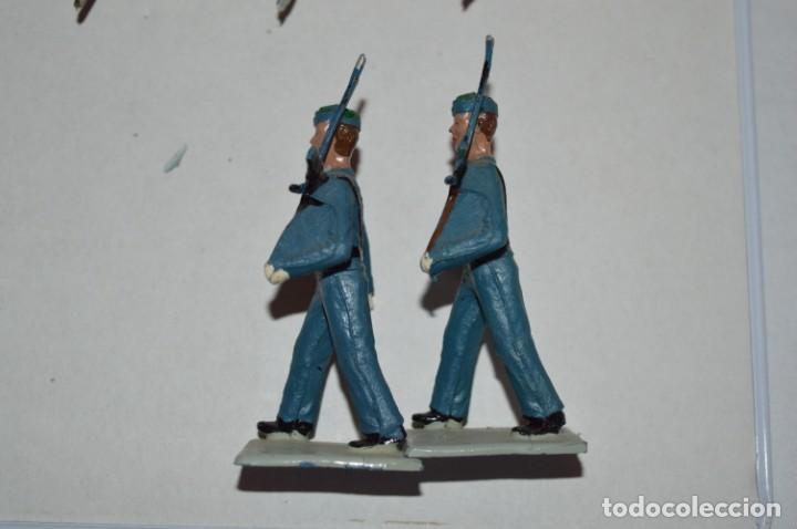 Figuras de Goma y PVC: SOLDADOS VARIADOS - Antiguo/vintage - 17 Soldados desfilando - REAMSA y GOMARSA - ¡Mira fotos! - Foto 5 - 220868550