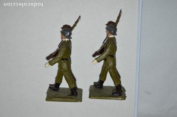 Figuras de Goma y PVC: SOLDADOS VARIADOS - Antiguo/vintage - 17 Soldados desfilando - REAMSA y GOMARSA - ¡Mira fotos! - Foto 22 - 220868550