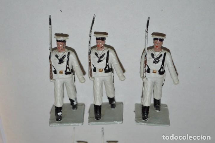 Figuras de Goma y PVC: MARINA / LA ARMADA - Antiguo/vintage - 13 Soldados desfilando - REAMSA y GOMARSA - ¡Mira fotos! - Foto 3 - 220886877