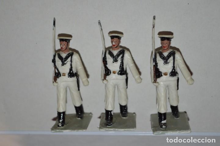 Figuras de Goma y PVC: MARINA / LA ARMADA - Antiguo/vintage - 13 Soldados desfilando - REAMSA y GOMARSA - ¡Mira fotos! - Foto 7 - 220886877