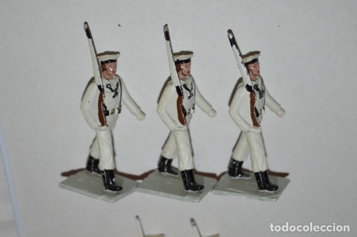 Figuras de Goma y PVC: MARINA / LA ARMADA - Antiguo/vintage - 13 Soldados desfilando - REAMSA y GOMARSA - ¡Mira fotos! - Foto 8 - 220886877