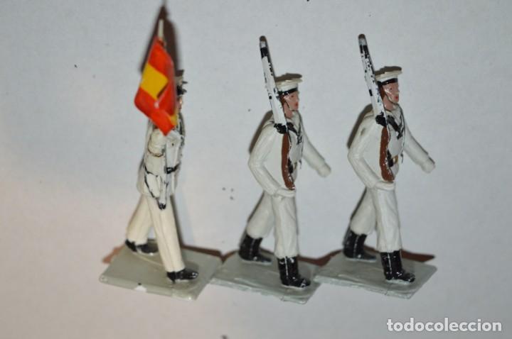 Figuras de Goma y PVC: MARINA / LA ARMADA - Antiguo/vintage - 13 Soldados desfilando - REAMSA y GOMARSA - ¡Mira fotos! - Foto 9 - 220886877