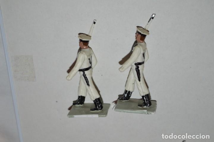 Figuras de Goma y PVC: MARINA / LA ARMADA - Antiguo/vintage - 13 Soldados desfilando - REAMSA y GOMARSA - ¡Mira fotos! - Foto 20 - 220886877