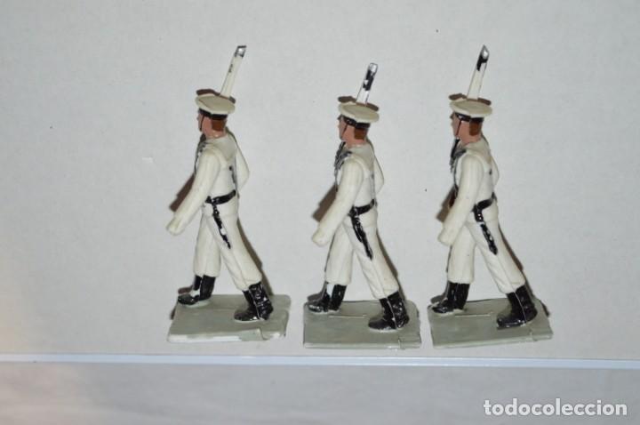 Figuras de Goma y PVC: MARINA / LA ARMADA - Antiguo/vintage - 13 Soldados desfilando - REAMSA y GOMARSA - ¡Mira fotos! - Foto 22 - 220886877