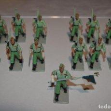 Figuras de Goma y PVC: LA LEGION - ANTIGUO/VINTAGE - 13 SOLDADOS DESFILANDO - REAMSA Y GOMARSA - ¡MIRA FOTOS!. Lote 220887315