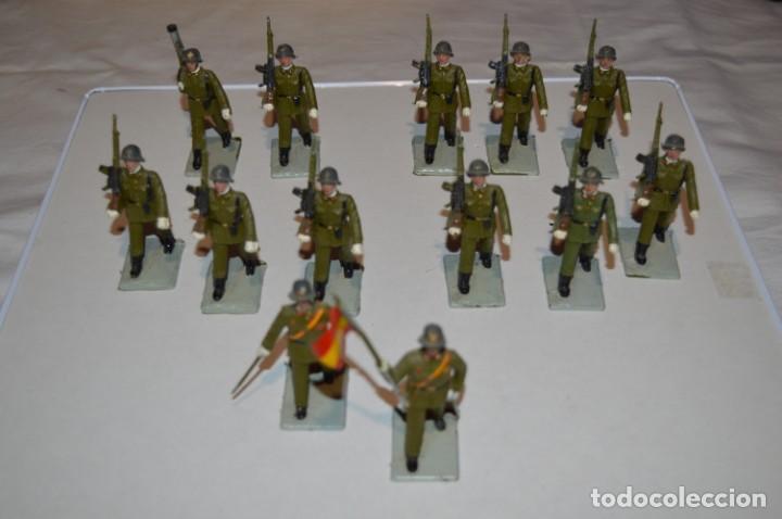 Figuras de Goma y PVC: INFANTERIA - Antiguo/vintage - 13 Soldados desfilando - REAMSA y GOMARSA - ¡Mira fotos! - Foto 2 - 220887528