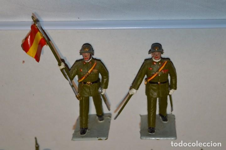 Figuras de Goma y PVC: INFANTERIA - Antiguo/vintage - 13 Soldados desfilando - REAMSA y GOMARSA - ¡Mira fotos! - Foto 3 - 220887528