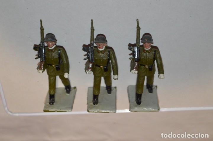 Figuras de Goma y PVC: INFANTERIA - Antiguo/vintage - 13 Soldados desfilando - REAMSA y GOMARSA - ¡Mira fotos! - Foto 6 - 220887528
