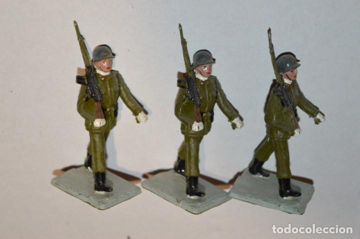 Figuras de Goma y PVC: INFANTERIA - Antiguo/vintage - 13 Soldados desfilando - REAMSA y GOMARSA - ¡Mira fotos! - Foto 11 - 220887528