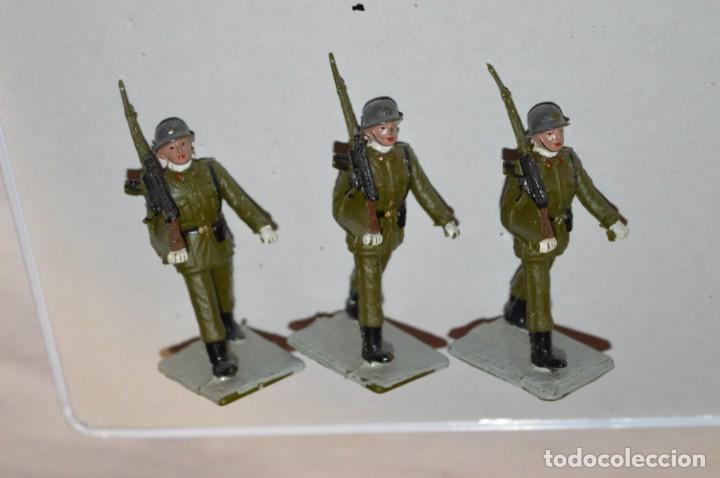 Figuras de Goma y PVC: INFANTERIA - Antiguo/vintage - 13 Soldados desfilando - REAMSA y GOMARSA - ¡Mira fotos! - Foto 12 - 220887528