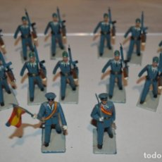 Figuras de Goma y PVC: EJERCITO DEL AIRE - ANTIGUO/VINTAGE - 13 SOLDADOS DESFILANDO - REAMSA Y GOMARSA - ¡MIRA FOTOS!. Lote 220887811