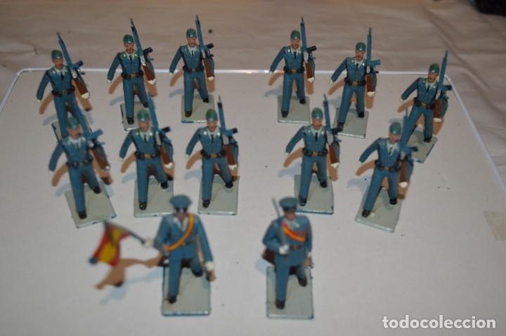 Figuras de Goma y PVC: EJERCITO DEL AIRE - Antiguo/vintage - 13 Soldados desfilando - REAMSA y GOMARSA - ¡Mira fotos! - Foto 2 - 220887811
