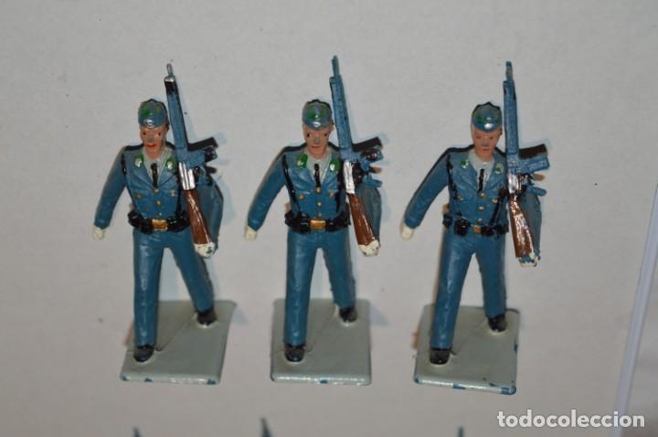 Figuras de Goma y PVC: EJERCITO DEL AIRE - Antiguo/vintage - 13 Soldados desfilando - REAMSA y GOMARSA - ¡Mira fotos! - Foto 6 - 220887811