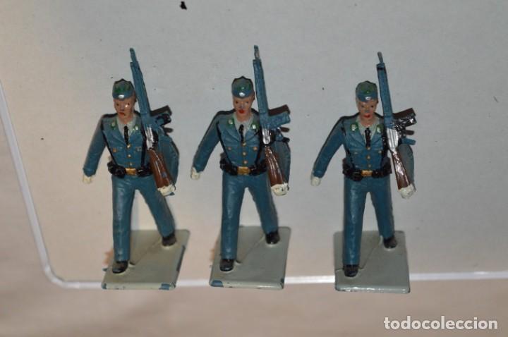 Figuras de Goma y PVC: EJERCITO DEL AIRE - Antiguo/vintage - 13 Soldados desfilando - REAMSA y GOMARSA - ¡Mira fotos! - Foto 7 - 220887811