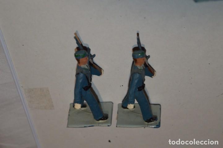 Figuras de Goma y PVC: EJERCITO DEL AIRE - Antiguo/vintage - 13 Soldados desfilando - REAMSA y GOMARSA - ¡Mira fotos! - Foto 10 - 220887811