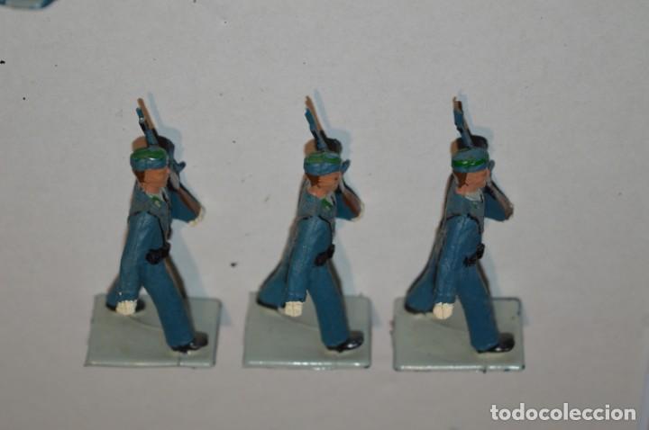 Figuras de Goma y PVC: EJERCITO DEL AIRE - Antiguo/vintage - 13 Soldados desfilando - REAMSA y GOMARSA - ¡Mira fotos! - Foto 11 - 220887811