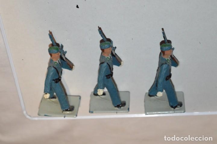 Figuras de Goma y PVC: EJERCITO DEL AIRE - Antiguo/vintage - 13 Soldados desfilando - REAMSA y GOMARSA - ¡Mira fotos! - Foto 12 - 220887811