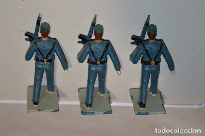 Figuras de Goma y PVC: EJERCITO DEL AIRE - Antiguo/vintage - 13 Soldados desfilando - REAMSA y GOMARSA - ¡Mira fotos! - Foto 18 - 220887811