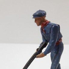 Figuras de Goma y PVC: MONOSABIO - MOZO ARENERO . REALIZADO POR TEIXIDO . ORIGINAL AÑOS 50. Lote 221155160