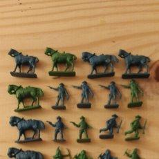 Figuras de Goma y PVC: INDIOS Y VAQUEROS 2CM. Lote 221360307