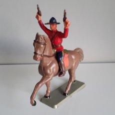 Figuras de Goma y PVC: POLICÍA MONTADA DEL CANADÁ, STARLUX FRANCE, AÑOS 60/70 COMPATIBLE CON LOS DE REAMSA.. Lote 221428387