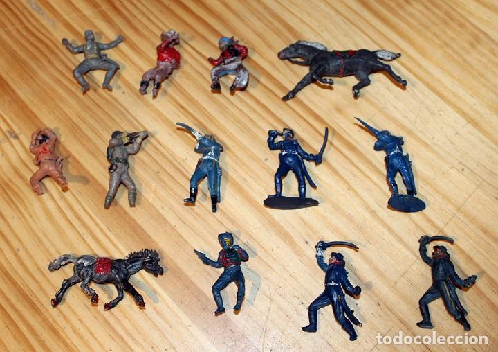 LOTE DE ANTIGUAS FIGURAS: PECH, JECSAN, LAFREDO O SIMILAR - RIN TIN TIN - GOMA Y PLASTICO (Juguetes - Figuras de Goma y Pvc - Pech)