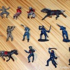 Figuras de Goma y PVC: LOTE DE ANTIGUAS FIGURAS: PECH, JECSAN, LAFREDO O SIMILAR - RIN TIN TIN - GOMA Y PLASTICO. Lote 221645993