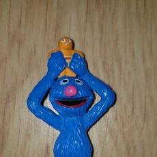Figuras de Borracha e PVC: FIGURA PVC COCO BARRIO SÉSAMO YOLANDA MUPPETS MUÑECO DIBUJOS ANIMADOS COLECCIÓN. Lote 221744236