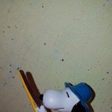 Figuras de Goma y PVC: FIGURA PVC GOMA SNOOPY PESCADOR SCHLEICH NUEVO MUÑECO COLECCIÓN AÑOS 80 90 DIBUJOS ANIMADOS. Lote 221744765