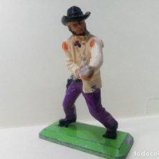 Figuras de Goma y PVC: LOTE BRITAINS 1 COWBOY CON RIFLE - PERSONAJE DEL OESTE. Lote 222069628
