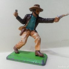 Figuras de Goma y PVC: LOTE BRITAINS 1 COWBOY CON PISTOLAS- PERSONAJE DEL OESTE. Lote 222070198