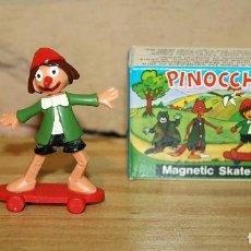Figuras de Goma y PVC: ANTIGUA FIGURA DE PINOCHO - MAGNETO - PINOCCHIO - 1977 - NUEVA Y EN SU CAJA ORIGINAL - CON IMAN. Lote 255405565