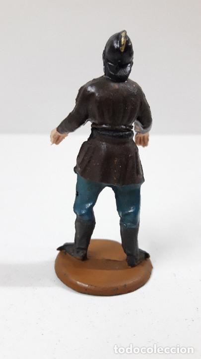 Figuras de Goma y PVC: BOMBERO . REALIZADO POR GAMA - CUERPO DESMONTABLE . ORIGINAL AÑOS 50 . EN GOMA - Foto 2 - 222159746