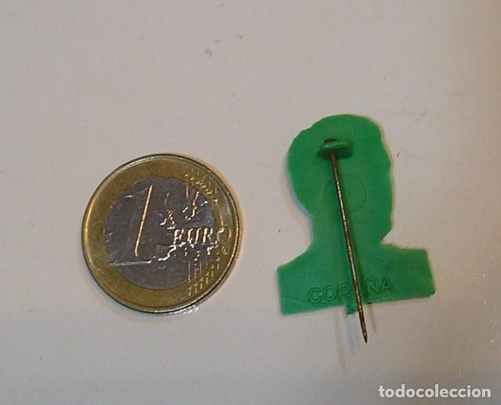 Figuras de Goma y PVC: PIN DE PLASTICO PROMOCION REGALO DE PIPAS CHURRUCA - AÑOS 60 DUNKIN - Foto 2 - 222182015