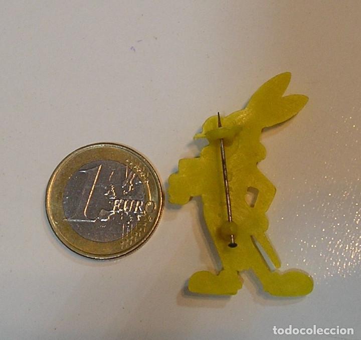 Figuras de Goma y PVC: PIN DE PLASTICO PROMOCION REGALO DE PIPAS CHURRUCA - AÑOS 60 DUNKIN - Foto 2 - 222182117