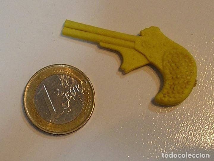 Figuras de Goma y PVC: PIN DE PLASTICO PROMOCION REGALO DE PIPAS CHURRUCA - AÑOS 60 DUNKIN - Foto 2 - 222182420