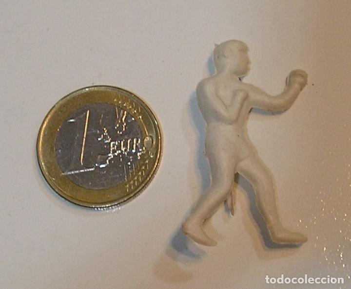 PIN DE PLASTICO PROMOCION REGALO DE PIPAS CHURRUCA - AÑOS 60 DUNKIN (Juguetes - Figuras de Goma y Pvc - Pipero)