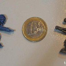 Figuras de Goma y PVC: PIN DE PLASTICO TIPO DUNKIN PROMOCION REGALO DE PIPAS CHURRUCA - AÑOS 60 DUNKIN. Lote 222184751