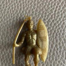 Figuras de Goma y PVC: FIGURA DE PLASTICO, PHOSKITOS, SOLDADOS DEL MUNDO, DUNKIN, CROPAN. Lote 222197721