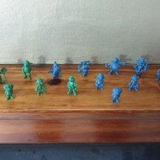 Figuras de Goma y PVC: 21 FIGURAS DUNKIN MORTADELO COLOR VERDE Y AZUL. Lote 222230477